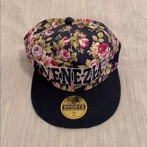 ($10 ADD-ON) Venezia (Venice) Cap